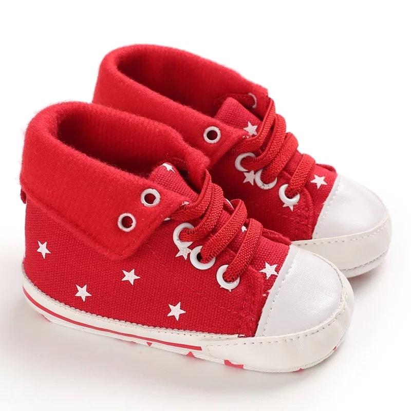 Chaussures pour bébés de 0 à 12 mois.